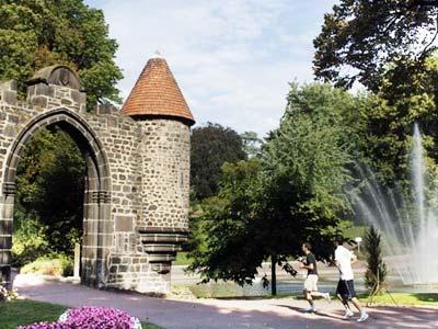 Jardin Lecoq A Clermont Ferrand Puy De Dome Auvergne