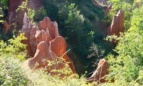La Vallee Des Saints A Boudes Puy De Dome Auvergne