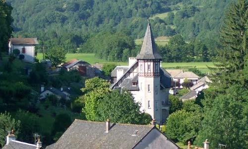 Glise saint pierre vic sur c re cantal auvergne - Office de tourisme vic sur cere ...