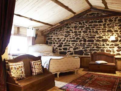 chambre d 39 h tes notre bergerie a la chaise dieu haute loire. Black Bedroom Furniture Sets. Home Design Ideas