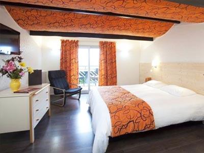 h tel le clair matin le chambon sur lignon haute loire. Black Bedroom Furniture Sets. Home Design Ideas