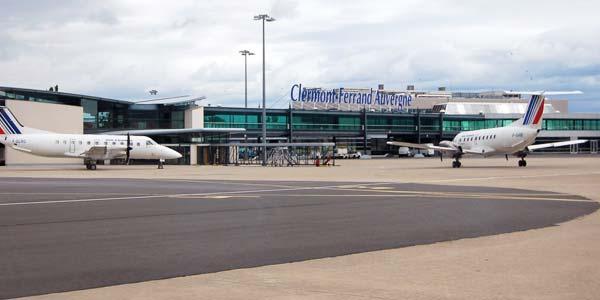 Aeroport ClermontFerrand Auvergne Aulnat PuyDeDme